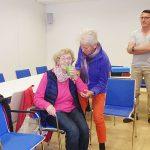 Bewegungshilfe für ältere Menschen